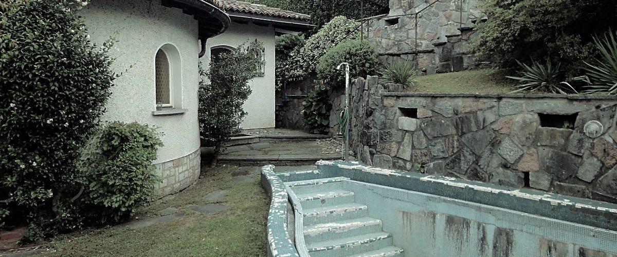 Pool vor der Sanierung