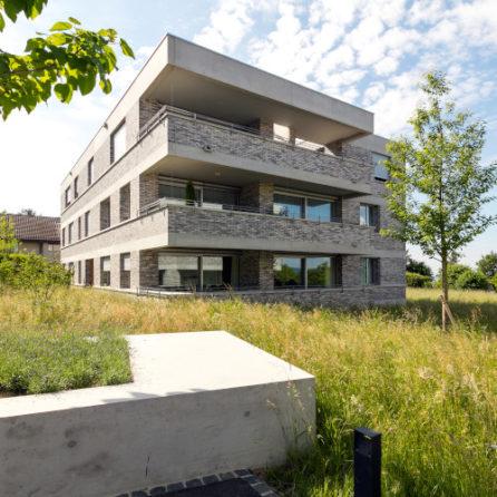Ostfassade Nussbaumweg 12 - quadratisch, Müller&Naegelin Architekten, Foto © Julian Salinas