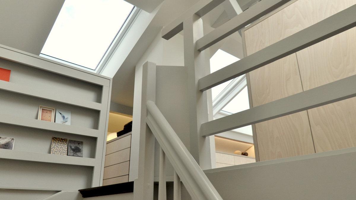 Dachausbau EFH Binningen - Blick von Treppe
